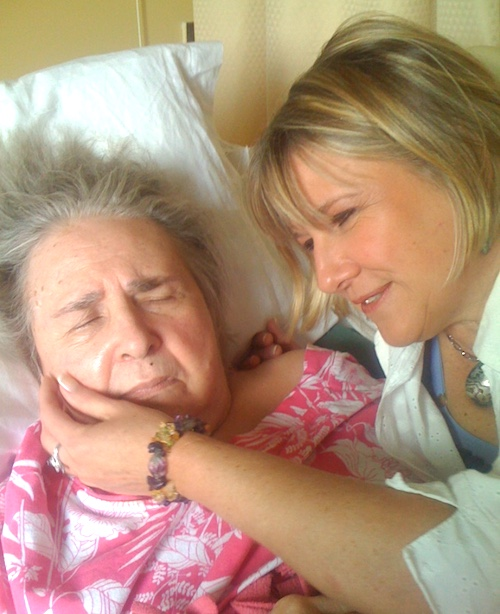 Lori with her mom, Dorothy, who had Alzheimer's disease.